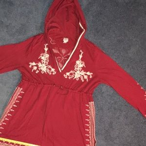 Lucky Brand RARE 🍀tunic red w/white embroidery L
